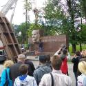 В Дніпропетровську біля ОДА прибрали пам\'ятник Леніну.