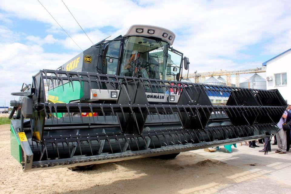 зернозбиральний комбайн Skif 280 Superior